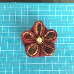 簡単二重花びら!つまみ細工で母の日手作りプレゼント